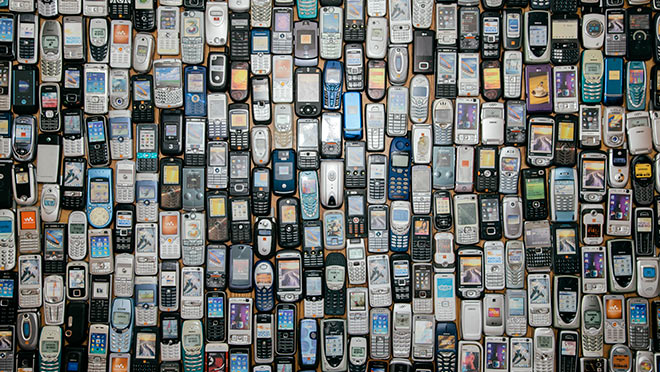 Image of many old mobile phones