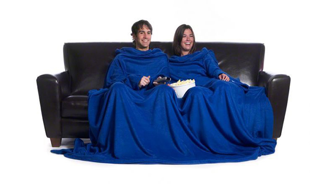 Image of two people using a double slanket