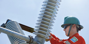 A BC Hydro power line technician working