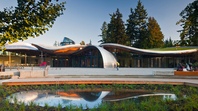 Image of the visitor centre at Vandusen Garden, Vancouver