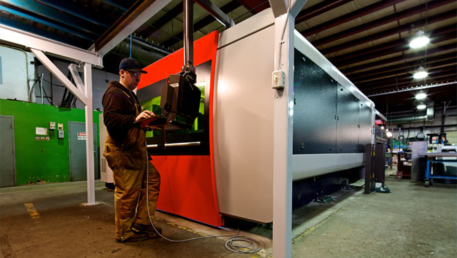 Image of Pacific Energy's manufacturing facility with their new 3000 Watt fiber laser