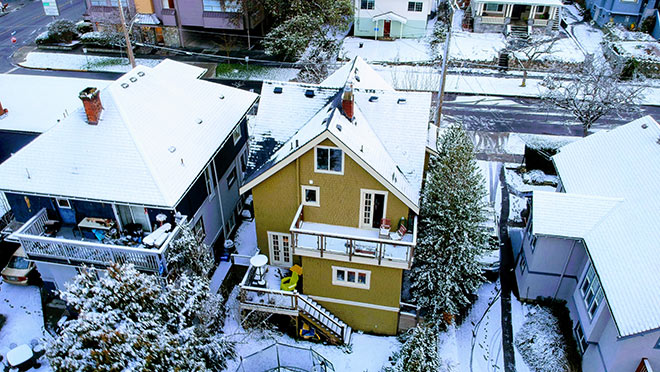 Image of a Victoria neighbourhood in winter