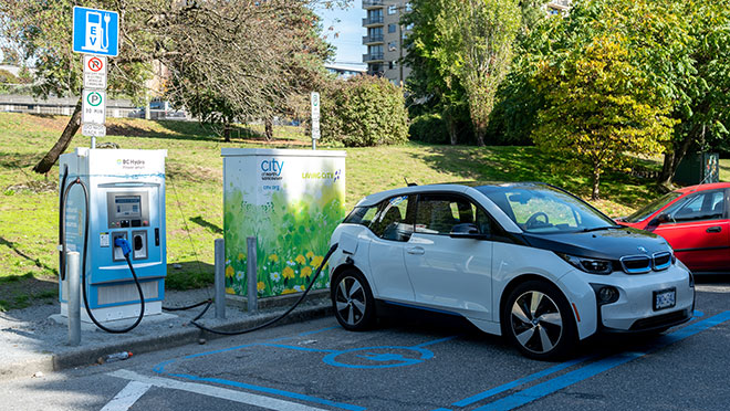 Image of a BMW i3 charging at a BC Hydro charger