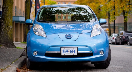 Rebates of up to $6,000 available for purchasing an electric or hydrogen fuel cell vehicle