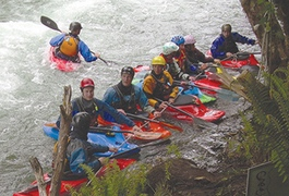 Warmer weather not stopping Puntledge River Paddle Festival